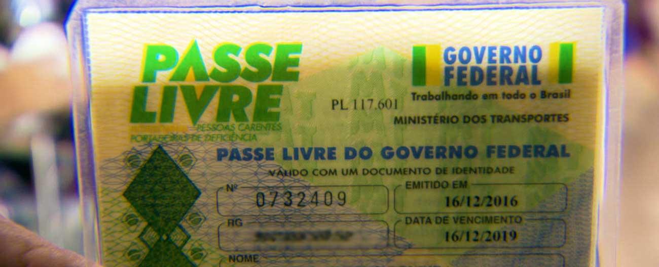 É preciso pagar para ter a carteirinha do Passe Livre?